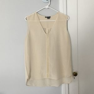 Vince - 100% Silk, V - Neck Sleveless Blouse